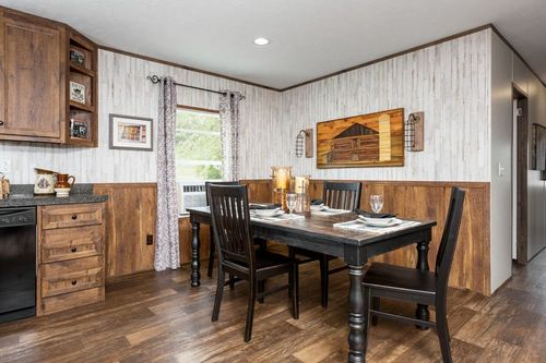 Dining-in-THE FRANKLIN-at-Clayton Homes-Albertville-in-Albertville