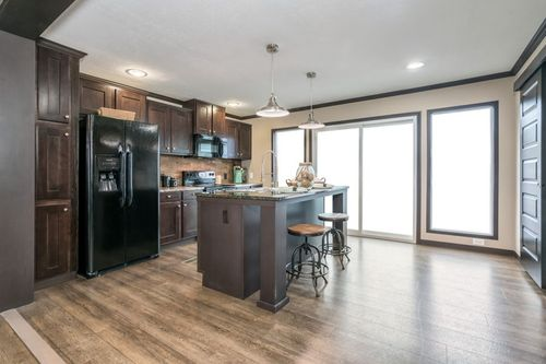 Kitchen-in-THE VIEW (2.0 SPECS)-at-Clayton Homes-Snowflake-in-Snowflake