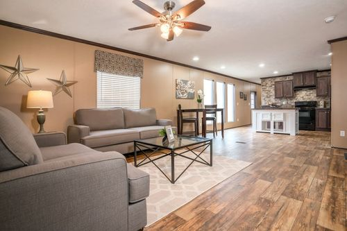 Greatroom-and-Dining-in-THE WINN-at-Clayton Homes-Neosho-in-Neosho