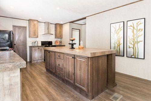 Kitchen-in-THE ANNIVERSARY 2.0-at-Clayton Homes-Marion-in-Marion