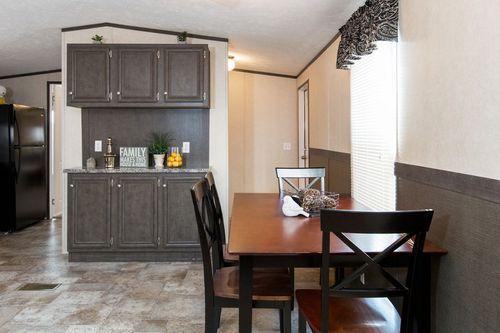 Breakfast-Room-in-BLAZER EXTREME 76 A-at-Clayton Homes-Lynchburg-in-Lynchburg