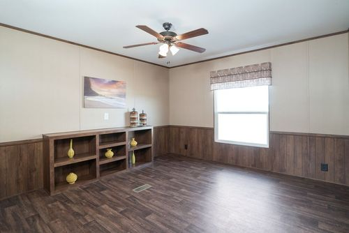 Empty-in-THE MORRIS-at-Clayton Homes-Mabank-in-Mabank