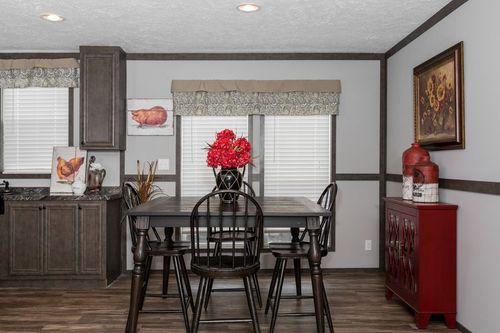 Dining-in-ADMIRAL-at-Clayton Homes-Owensboro-in-Owensboro