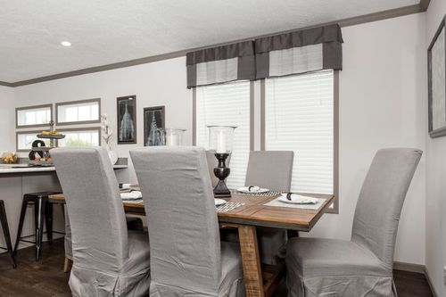 Dining-in-THE SMITHDALE-at-Clayton Homes-Cullman-in-Cullman