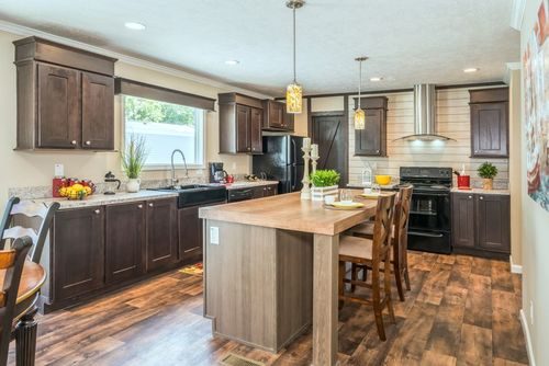 Kitchen-in-THE ANNIVERSARY 2.1 M2000-at-Freedom Homes-Roanoke-in-Roanoke