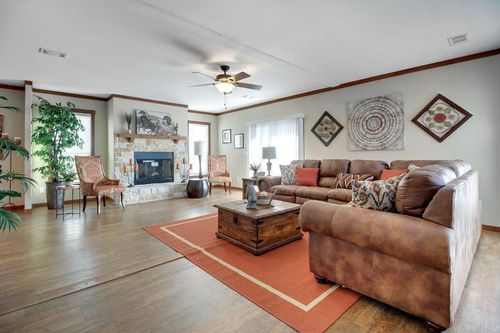 Greatroom-in-THE STEWART 32-at-Oakwood Homes-Las Cruces-in-Las Cruces