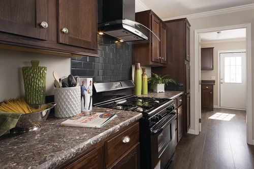 Kitchen-in-MINAGGIO 6428-323-1-at-Clayton Homes-Morgantown-in-Morgantown