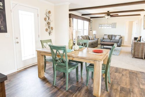 Greatroom-and-Dining-in-SANTA FE 684A-at-Clayton Homes-Corinth-in-Corinth