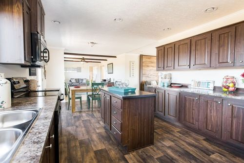 Kitchen-in-SANTA FE 684A-at-Clayton Homes-Corinth-in-Corinth