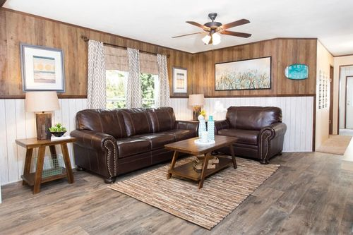 Greatroom-in-THE STOCKTON-at-Clayton Homes-Dyersburg-in-Dyersburg