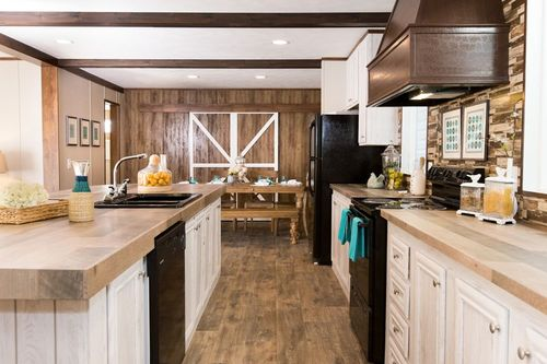 Kitchen-in-THE STOCKTON-at-Clayton Homes-Dyersburg-in-Dyersburg