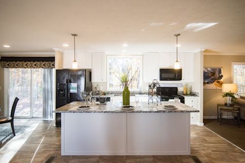 Kitchen-in-NEW YEAR SPECIAL M615-at-Clayton Homes-Youngsville-in-Youngsville