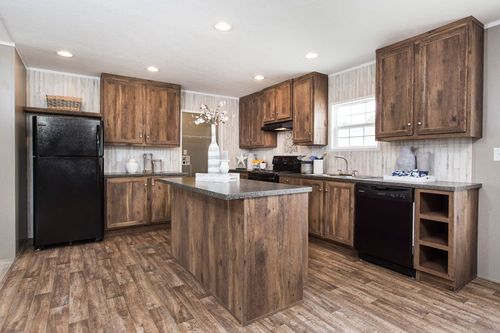 """Kitchen-in-NOW28603U """"NOW ULTRA""""-at-Oakwood Homes-Greenville-in-Greenville"""