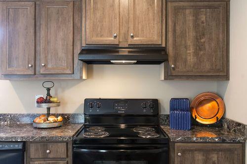 Kitchen-in-101  ADVANTAGE PLUS 7616-at-Oakwood Homes-Chadbourn-in-Chadbourn