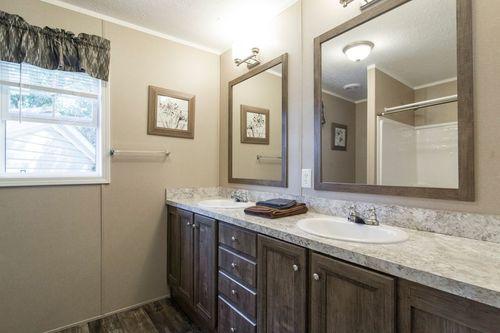 Bathroom-in-101  ADVANTAGE PLUS 7616-at-Clayton Homes-Statesville-in-Statesville