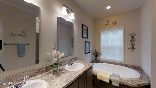 Bathroom-in-1321 CLASSIC-at-Clayton Homes-Augusta-in-Augusta