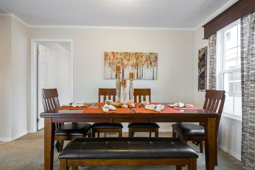 Dining-in-MAVERICK 56A-at-Oakwood Homes-Sumter-in-Sumter