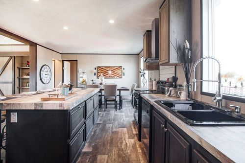 Kitchen-in-THE BURTON-at-Clayton Homes-Hattiesburg-in-Hattiesburg