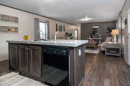 Greatroom-and-Dining-in-THE BREEZE-at-Clayton Homes-Houma-in-Houma
