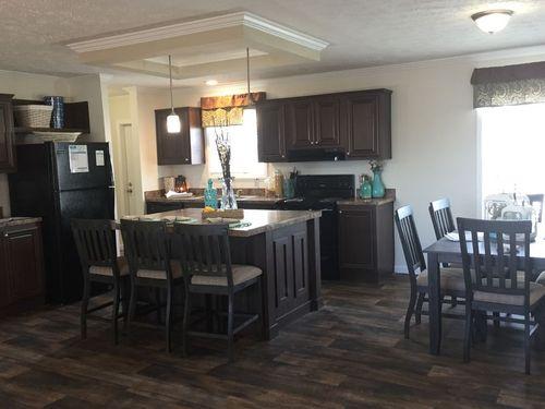 Kitchen-in-TRUE PERF GOURMET M404-8 25X64-at-Clayton Homes-Roxboro-in-Roxboro