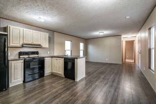 Kitchen-in-ECLIPSE 60-at-Clayton Homes-Bossier City-in-Bossier City