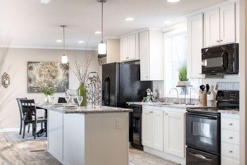 Kitchen-in-REGAL M615-at-Clayton Homes-Roanoke Rapids-in-Roanoke Rapids