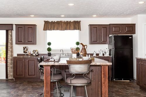 Kitchen-in-TAHOE 3272A-at-Freedom Homes-Ashland-in-Ashland