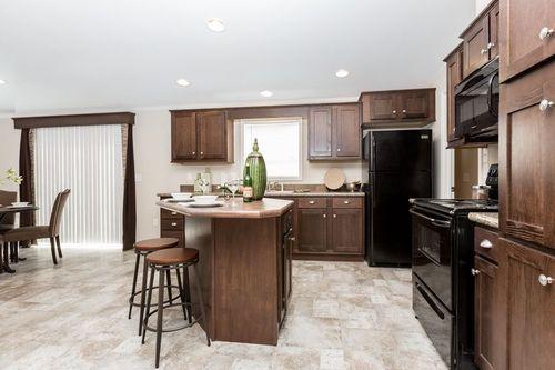 Kitchen-in-FLORENCE 6028-5203-2-at-Clayton Homes-Harrisonburg-in-Harrisonburg