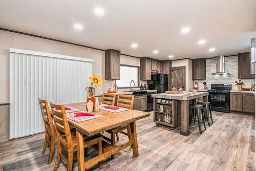 Kitchen-in-THE ANNIVERSARY 2.1-at-Oakwood Homes-Conroe-in-Conroe