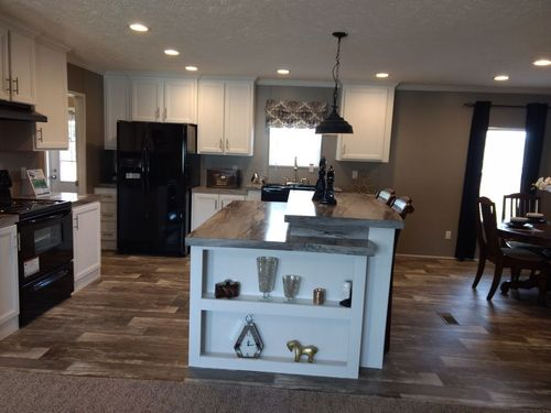 Kitchen-in-THE LAKEVIEW-at-Clayton Homes-Paris-in-Paris