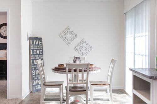 Breakfast-Room-in-3558 JAMESTOWN-at-Clayton Homes-Wilmington-in-Wilmington