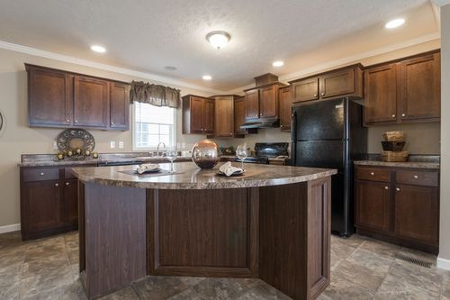 Kitchen-in-PINEHURST-at-Clayton Homes-Coeburn-in-Coeburn