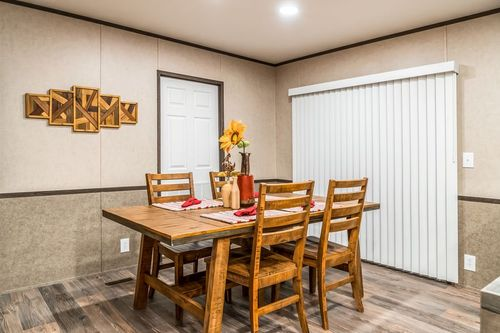 Dining-in-THE ANNIVERSARY 2.1-at-Oakwood Homes-Las Cruces-in-Las Cruces