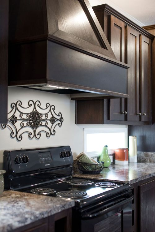 Kitchen-in-5582 SWEET CAROLINE-at-Freedom Homes-Troutman-in-Troutman