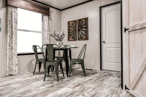 Dining-in-7616-500 AMERICAN FARMSTEAD-at-Clayton Homes-Wichita-in-Wichita