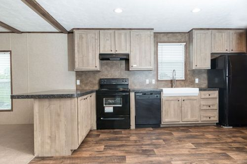 Kitchen-in-THE ANNIVERSARY 18 4 BR-at-Clayton Homes-Brookshire-in-Brookshire