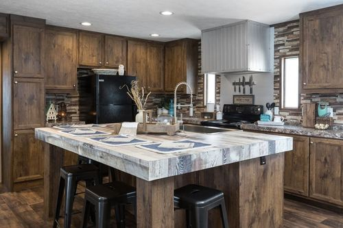 Kitchen-in-THE HONEY CREEK-at-Clayton Homes-Longview-in-Longview