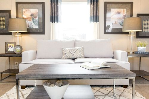 Study-in-GLORY-at-Clayton Homes- Corsicana-in-Corsicana