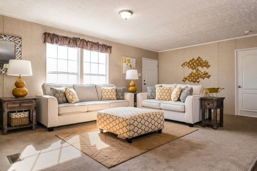 Greatroom-in-THE EAGLE 52-at-Clayton Homes-Paducah-in-Paducah