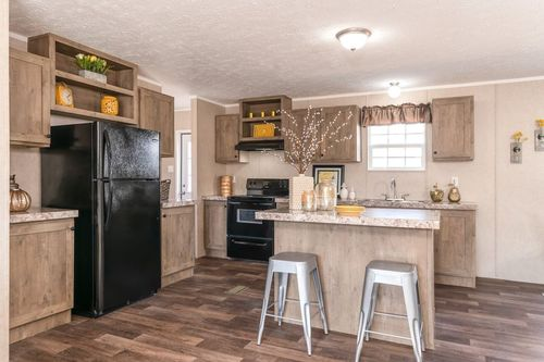 Kitchen-in-THE EAGLE 52-at-Clayton Homes-Paducah-in-Paducah