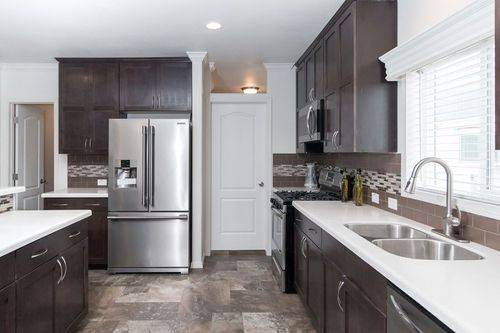 Kitchen-in-KS3060A-at-Clayton Homes-Chino Valley-in-Chino Valley