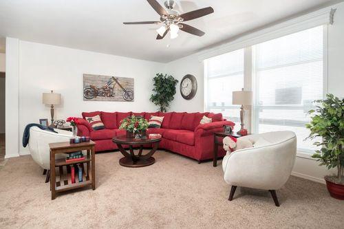 Greatroom-in-KS2760A-at-Clayton Homes-Snowflake-in-Snowflake