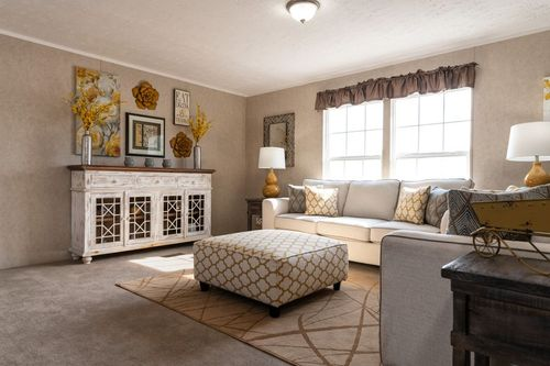 Greatroom-in-THE EAGLE 52-at-Clayton Homes-Lexington-in-Lexington