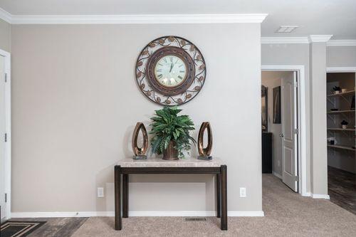 Foyer-in-K3076B-at-Clayton Homes-Abilene-in-Abilene