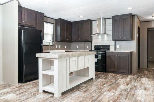 Kitchen-in-ANNIVERSARY 16763I-at-Clayton Homes-El Paso-in-El Paso