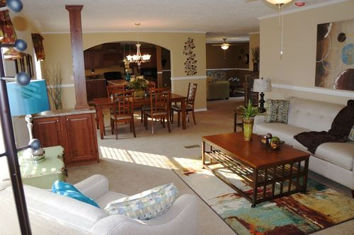Greatroom-and-Dining-in-PALMETTO 6101-at-Oakwood Homes-Sumter-in-Sumter