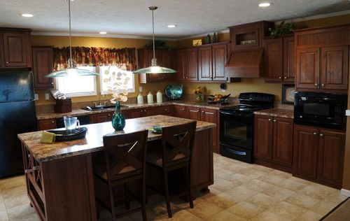 Kitchen-in-PALMETTO 6101-at-Oakwood Homes-Sumter-in-Sumter