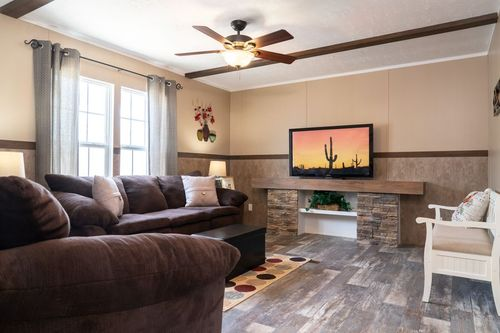 Greatroom-in-TRADITION 60B-at-Clayton Homes-Bossier City-in-Bossier City