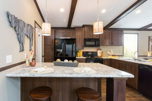 Kitchen-in-THE OAKLAWN-at-Clayton Homes-Tyler-in-Tyler