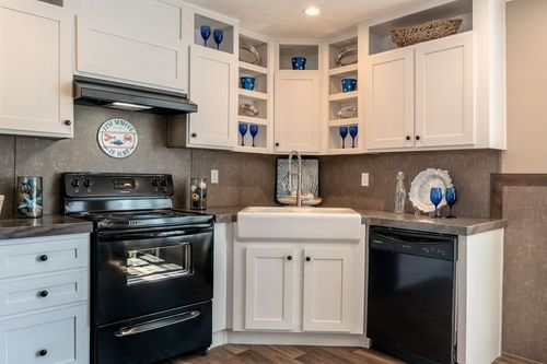 Kitchen-in-TRADITION 56C-at-Clayton Homes-Elizabethton-in-Elizabethton